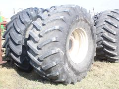 USED Firestone All-Traction Radial 23°. 173A8 rating, traction tread, tubeless,  RHS, 8/10.  Slight checking. Sold on New Holland CR/CX rim.